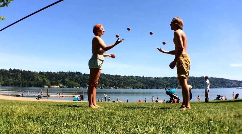 juggling6balls